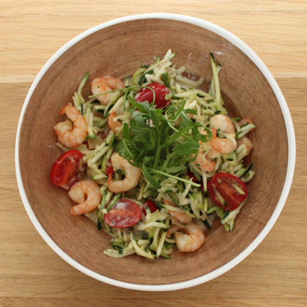 Courgette pasta met garnalen en tomaatjes